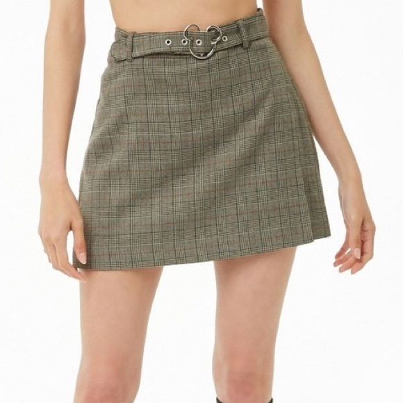 Forever 21 disney skirt